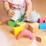 保育士の悩み | 保育園での安全で人気のおもちゃの選び方を紹介!